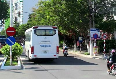 Dung san bay Nha Trang 'giai cuu' duong un tac - Anh 8