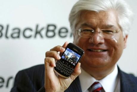 Su khac biet trong tu duy cong nghe cua Steve Jobs va 2 vi lanh dao huyen thoai cua BlackBerry - Anh 2