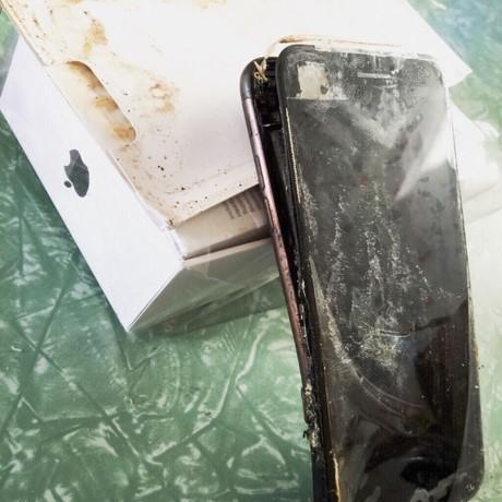 Apple phai bat tay dieu tra nhung vu iPhone phat no - Anh 3