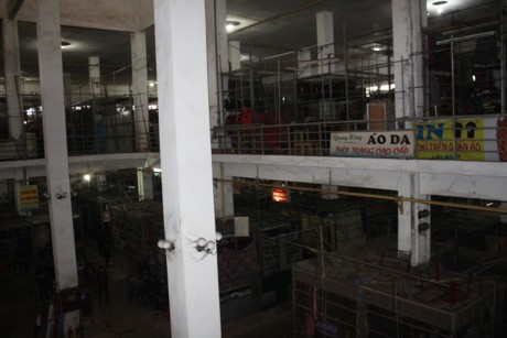 Ha Tinh: Hang tram tieu thuong ngung kinh doanh de bai thi - Anh 10