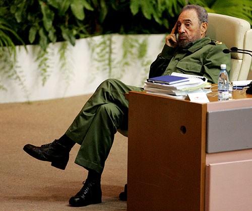[Caption]Cuban PresidentFidelCastro attends a conference on terrorism in Havanas convention centre June 3, 2005. REUTERS/Mariana Bazo/File Photo