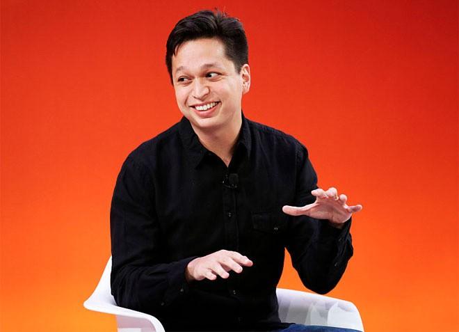 <b>7. Pinterest</b></div> <div><i>Mức vốn hóa: 10,47 tỷ USD</i></div> <div>Tháng 5/2015, mạng xã hội Pinterest huy động được 533 triệu USD tiền vốn, đưa giá trị vốn hóa công ty lên mức 10,47 tỷ USD. Mạng này hiện có khoảng hơn 100 triệu người sử dụng hàng tháng, trong đó hơn một nửa là ở ngoài Mỹ. </div> <div>Trong những tháng gần đây, Pinterest đẩy mạnh trọng tâm phát triển ra các thị trường nước ngoài như Anh, Pháp, Đức, Nhật, và Brazil. Có nhiều nguồn tin nói rằng Pinterest đang chuẩn bị cho một vụ IPO, và dấu hiệu rõ nét nhất cho việc này là vào tháng 10 vừa qua, công ty đã bổ nhiệm Giám đốc tài chính (CFO) đầu tiên.</div> <div>Ảnh: CEO Pinterest, Ben Silbermann&nbsp; - Nguồn: Getty.
