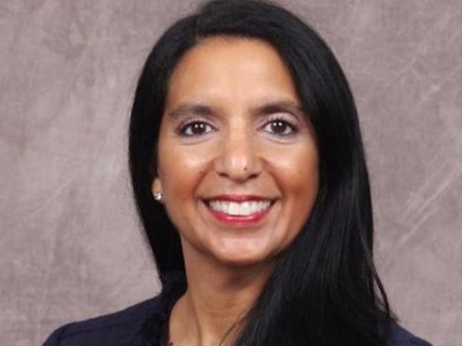 Số 8: Ngân hàng của Mỹ Rosa Ramos-Kwok