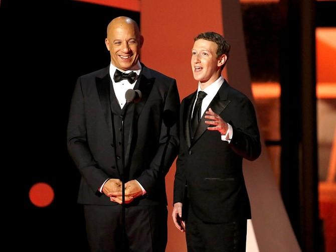 ... và những người nổi tiếng như bạn bè cá nhân Vin Diesel.
