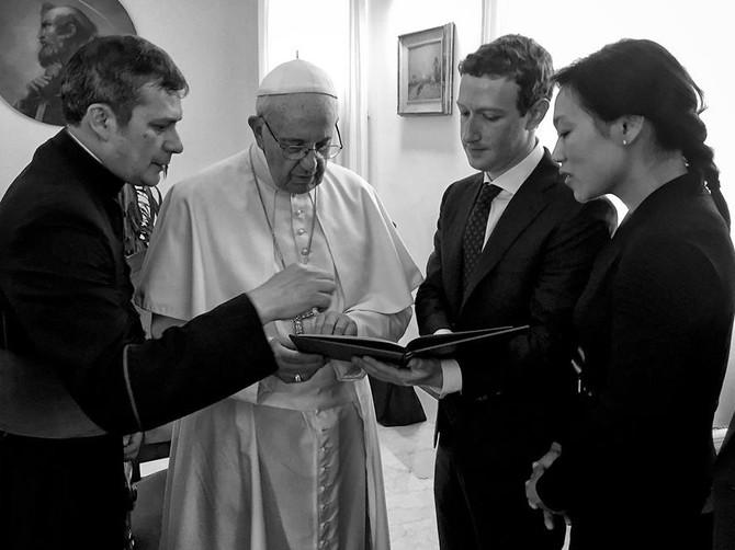 Ông đã gặp tất cả các loại tên tuổi lớn, bao gồm các nhà lãnh đạo thế giới như Đức Giáo Hoàng Phanxicô ...