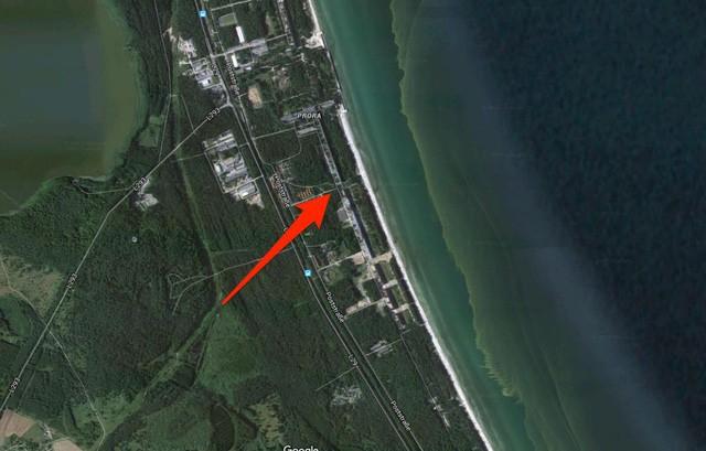 Từ khu nhà bỏ hoang nhiều thập kỷ đang biến thành khu nghỉ dưỡng tuyệt đẹp trên bãi biển, căn hộ có giá nửa triệu đôla - Ảnh 1.