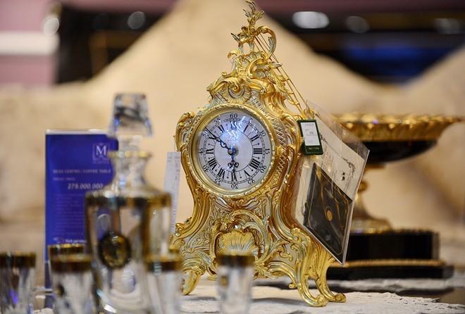 Chiếc đồng hồ trị giá hơn 200 triệu đồng.