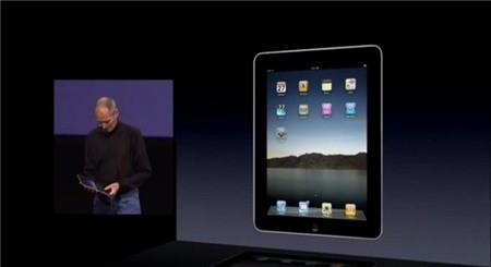 Ngày 3/4/2010, chiếc iPad thế hệ đầu tiên được Apple bán ra đầu tiên tại Mỹ.