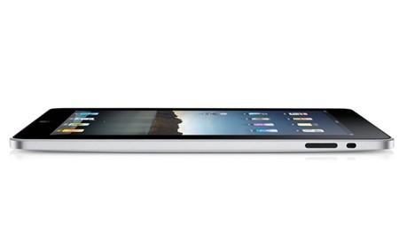iPad đời đầu nặng đến 700 gram, trong khi iPad Air 2 chỉ nặng 444 gram.