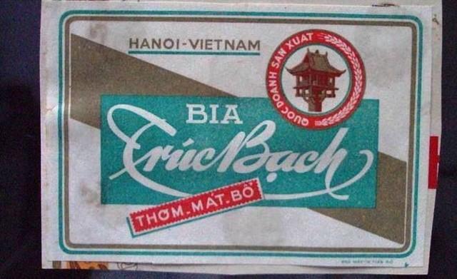 Tới năm 1957 nhà máy được Việt Nam xây dựng lại và đi vào hoạt động với cái tên Nhà máy bia Hà Nội. Ngày 15/8/1958, mẻ bia đầu tiên chính thức ra đời, được đặt tên là Trúc Bạch. Khoảng những năm của thập niên 80, đất nước khó khăn, loại bia cao cấp Trúc Bạch vượt quá khả năng tiêu dùng của người dân, nên việc sản xuất bia Trúc Bạch phải dừng lại.Năm 2010, chọn đúng dịp kỷ niệm đại lễ 1.000 năm Thăng Long, Habeco bất ngờ tái xuất bia Trúc Bạch.Trúc Bạch rất khó cạnh tranh do không làm rõ được phân khúc của mình.
