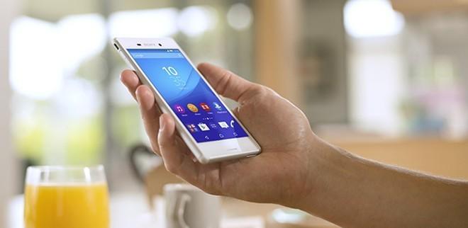 Xperia M4 Aqua thể hiện tư duy mới của Sony trong cách định giá sản phẩm. Ảnh: Mobiles Review.