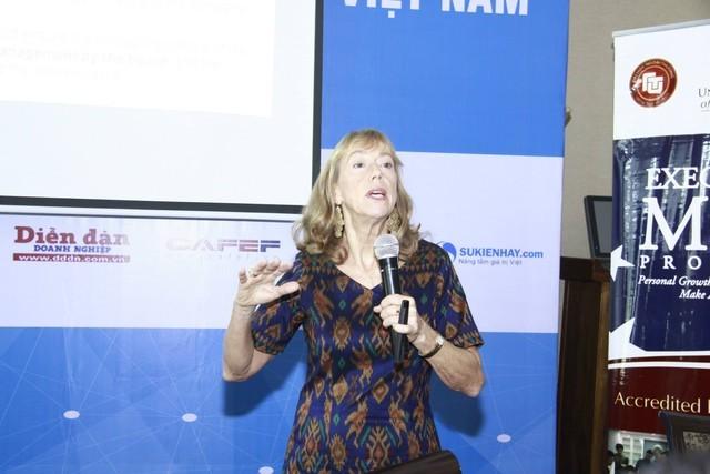 Giáo sư Shirley J.Daniel chia sẻ tại buổi hội thảo. Nguồn: mylink.vn
