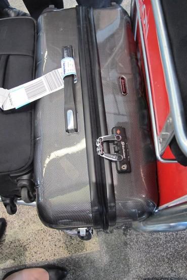 mất đồ, sân bay, an ninh, hàng không, khách hàng, bồi thường
