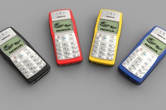 5 năm nữa, liệu điện thoại cơ bản có bị tuyệt chủng?