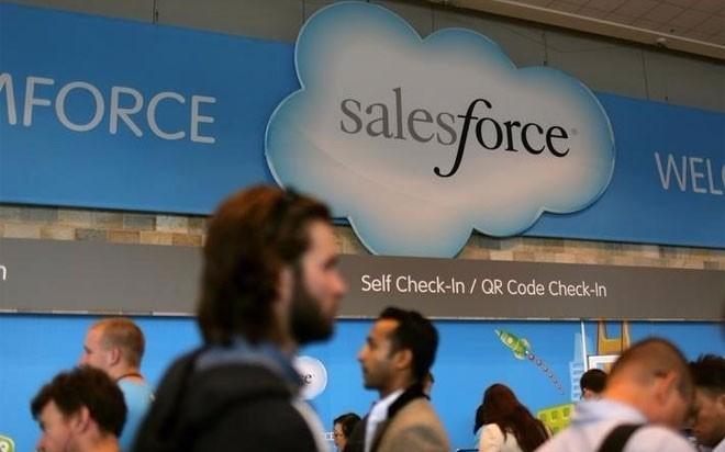 <b>7. Salesforce</b></div><div>Tổng thu nhập bình quân hàng năm: 173.500 USD</div><div>Lương bình quân: 90.000 USD</div><div>Hoa hồng bình quân: 68.000 USD