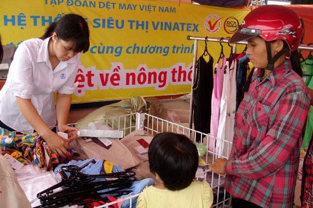 Hàng Việt, nông thôn, phiên chợ, máy móc, thiết bị, hàng hóa, Bộ Công Thương, Hồ Thị Kim Thoa, vận động, thị trường trong nước, hàng-Việt, nông-thôn, phiên-chợ, máy-móc, thiết-bị, hàng-hóa, Bộ-Công-Thương, Hồ-Thị-Kim-Thoa, vận-động, thị-trường-trong-nước