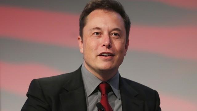 Elon Musk vẫn rất coi trọng việc rèn luyện sức khỏe bên cạnh lịch làm việc dày đặc.