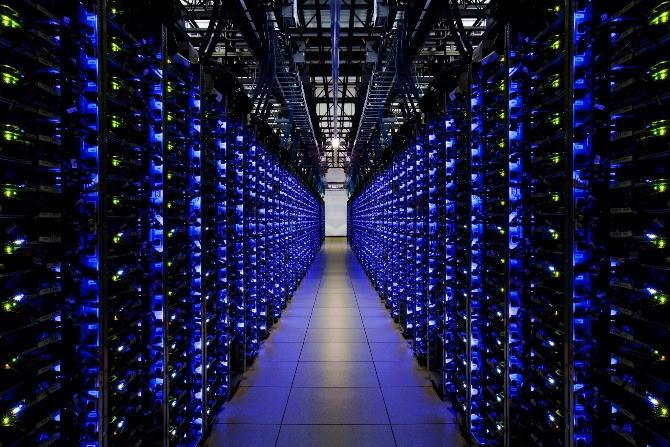 Qua 16 năm tồn tại, Google đã thay đổi rất nhiều, và não bộ con người cũng đã thay đổi để thích ứng với một thế giới không thể thiếu vắng các bộ máy tìm kiếm.