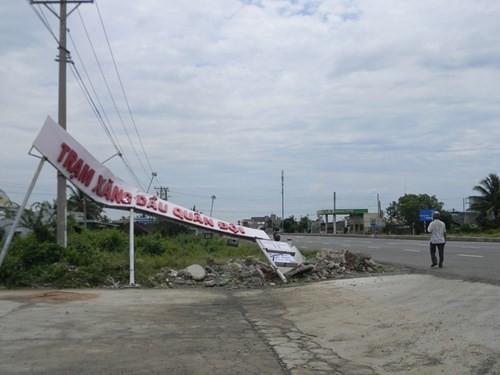Lốc xoáy kinh hoàng, hàng trăm hộ thuê bao bị mất kết nối internet - ảnh 6