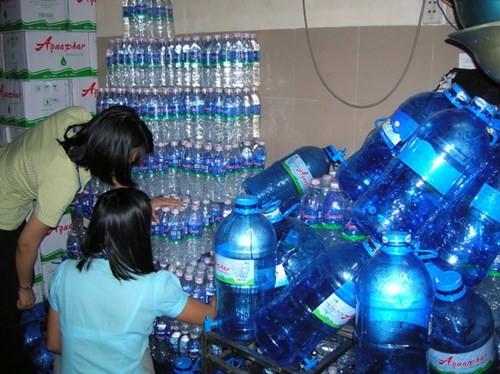 Kinh hoàng công nghệ nước đóng bình - ảnh 2