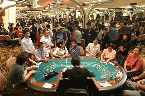 casino, sòng-bài, người-Việt, Hồ-Tràm, cá-độ, cá-cược, trường-đua, sổ-xố, nợ-nần, tội-phạm, kinh-doanh, Macau,