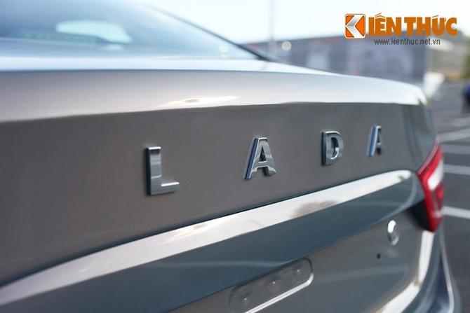 Can canh Lada Vesta, oto Nga gia chi tu 156 trieu dong-Hinh-8