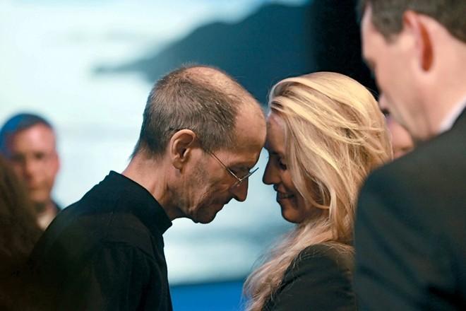 Chân dung nữ tỷ phú vợ cố huyền thoại Steve Jobs
