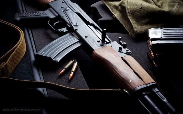 Cách làm của Fonderie 47 rất đơn giản, đăng tải sản phẩm và giá bán cùng số lượng súng (Ak47 và súng ngắn) sẽ được phá huỷ khi món trang sức đó được mua.