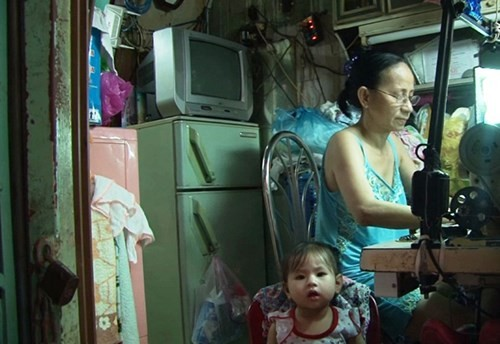Sống trong những căn nhà tí hon ở Sài Gòn - ảnh 1