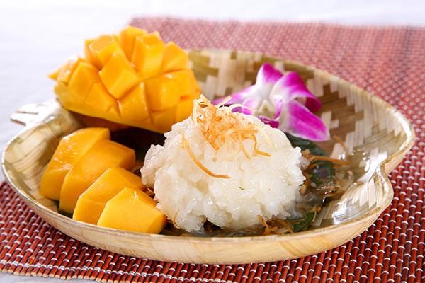 Xôi xoài - một trong những món ăn Thái làm mưa làm gió tại Việt Nam