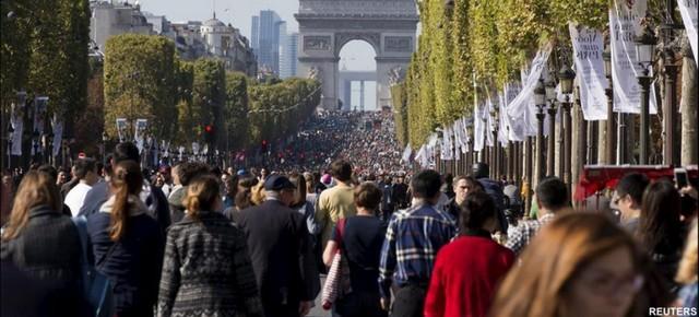 Toàn cảnh Paris trong ngày cấm xe hàng năm