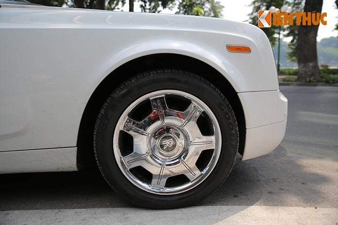 Sieu xe trieu do Rolls-Royce Phantom mui tran tai Ha Noi-Hinh-12