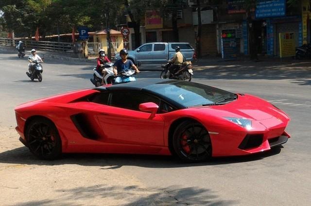 Những siêu xe về Việt Nam trong tháng 10
