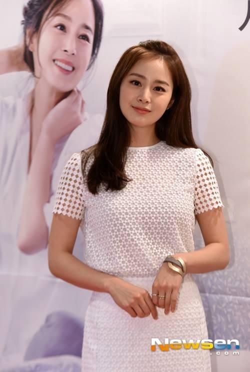 Kim Tae Hee là bảo bối của làng giải tri Hàn Quốc.