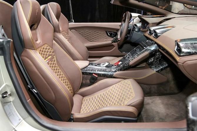 Lamborghini Huracan Spyder ra mat tai Malaysia gia hon 7 ty-Hinh-11