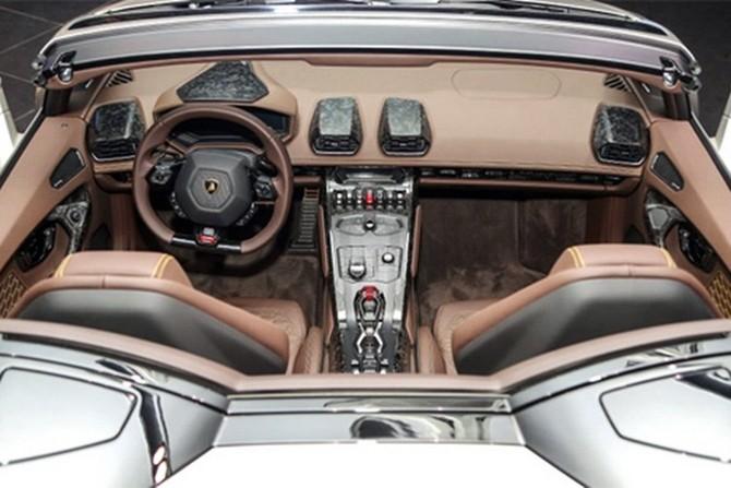 Lamborghini Huracan Spyder ra mat tai Malaysia gia hon 7 ty-Hinh-12