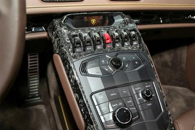 Lamborghini Huracan Spyder ra mat tai Malaysia gia hon 7 ty-Hinh-15