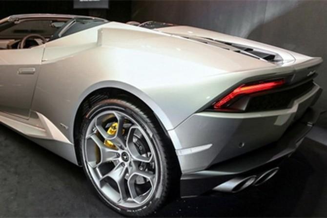 Lamborghini Huracan Spyder ra mat tai Malaysia gia hon 7 ty-Hinh-5
