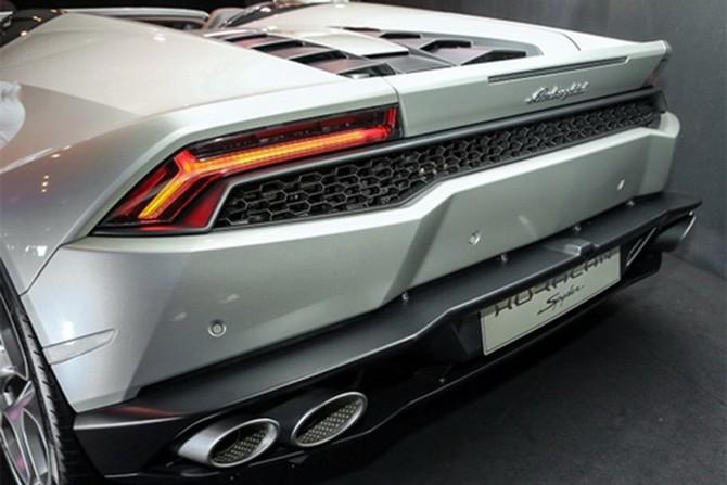 Lamborghini Huracan Spyder ra mat tai Malaysia gia hon 7 ty-Hinh-6