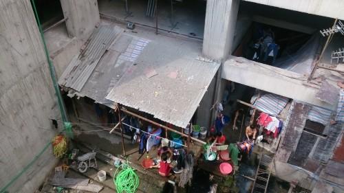 Sự thật về tòa nhà triệu đô bị cắt điện nước, trục xuất người làm - Ảnh 5
