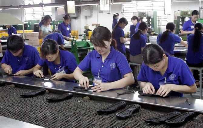 doanh nhân, doanh nghiệp, khởi nghiệp, cửa ải, lót tay, đút lót, chia chác, kinh tế Việt Nam,df Việt Nam hội nhập, doanh nghiệp Việt
