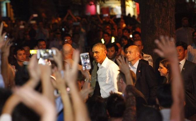 Tổng thống Obama, Obama thăm Việt Nam, Biển Đông, cấm vận vũ khí sát thương, Hoa Kỳ, Fulbright, TPP, Donald Trump