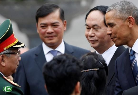 Obama, biển Đông, GS Michael Dukakis, Harvard. GS John Quelch