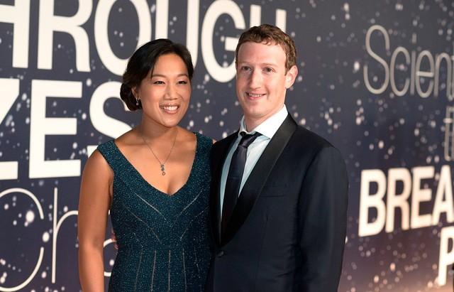 Mark Zuckerberg và vợ Priscilla Chan