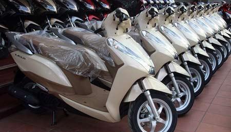 xe máy, giá xe máy, xe tay ga, người tiêu dùng, thị trường xe máy, mẫu xe ga mới, xe ga phiên bản mới, xe tay ga cao cấp