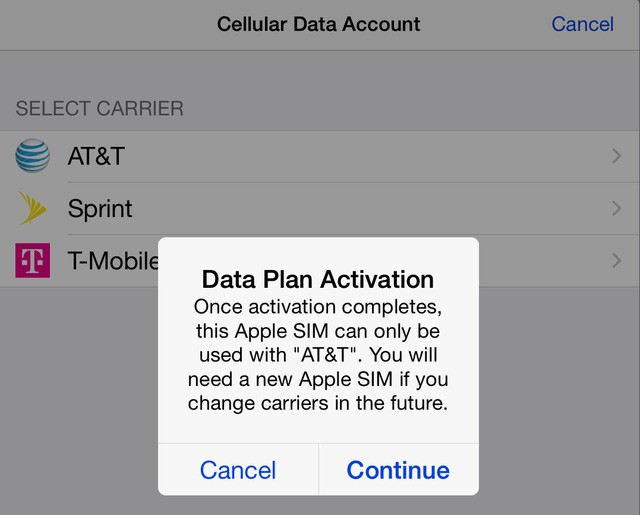 Nhà mạng AT&T khóa Apple SIM.
