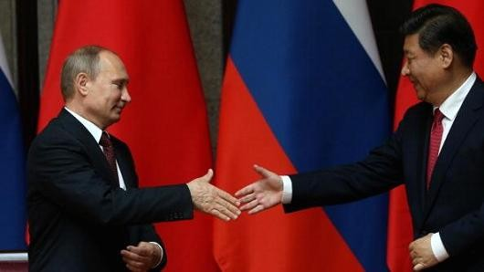 Tổng thống Nga Vladimir Putin và CHủ tịch Trung Quốc Tập Cận Bình
