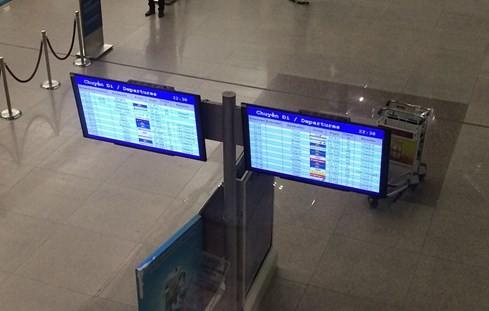 Màn hình thông tin chuyến đi ở ga quốc tế