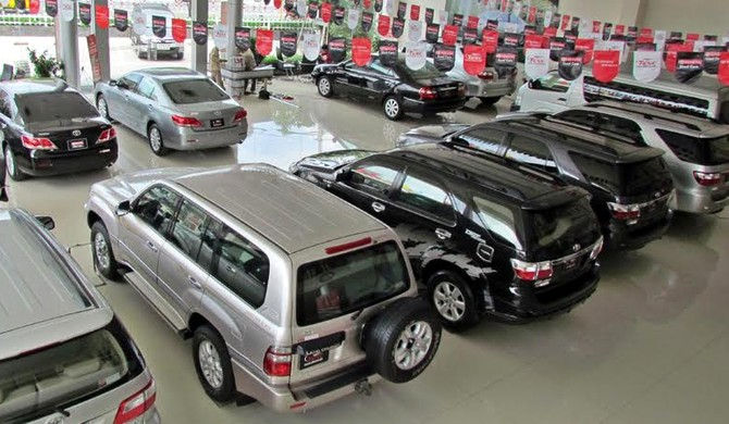 tháng 7 âm lịch, tháng cô hồn, thị trường ô tô, giảm giá, chương trình khuyến mãi, kích cầu, khách hàng, ưu đãi, mua sắm, suy giảm.
