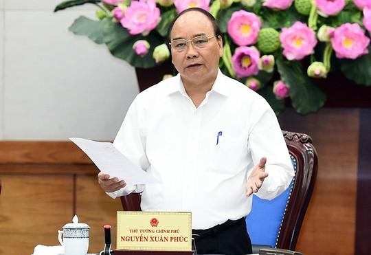 Thủ tướng Nguyễn Xuân Phúc yêu cầu tăng cường trạm quan trắc ở biên giới để giám sát chất lượng nước sống Hồng.